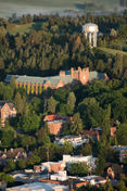 An aerial view of the University of Idaho's 莫斯科 campus.